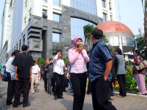 Suasana Gempa di Jakarta
